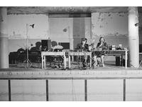 [http://research.gold.ac.uk/18942/1.hasmediumThumbnailVersion/Bob-Bielecki-and-Bill-Viola-testing-systems-The-Talking-Drum-1982-Photo-Kira-Perov.jpg]